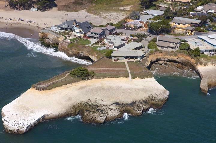 100 Geoffroy Drive, Santa Cruz