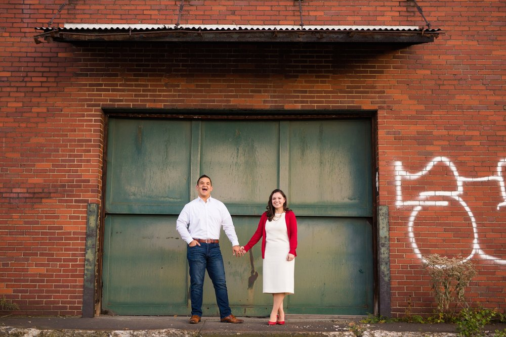 strip district, strip district engagement photos, strip district engagement pictures, strip district engagement pics, pittsburgh engagement photos, pittsburgh wedding photographer