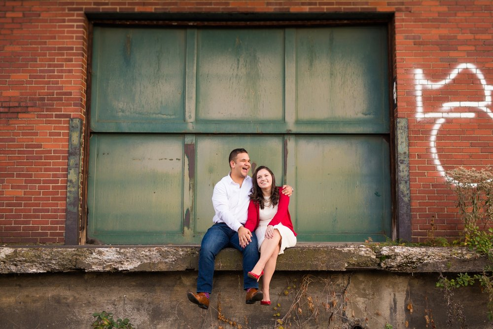 strip district engagement photos, pittsburgh wedding photographer, downtown pittsburgh wedding photos