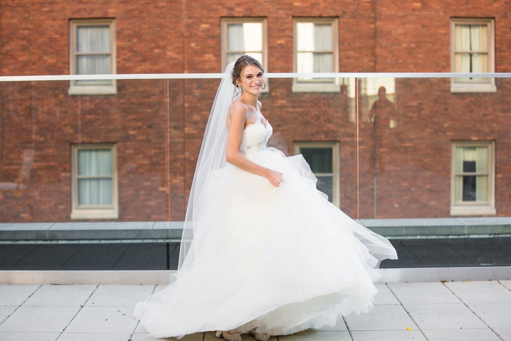 the pennsylvanian wedding photographer, the pennsylvanian wedding pictures, pittsburgh wedding venues, pittsburgh wedding photographer, the pennsylvanian pittsburgh, hotel monaco wedding pictures