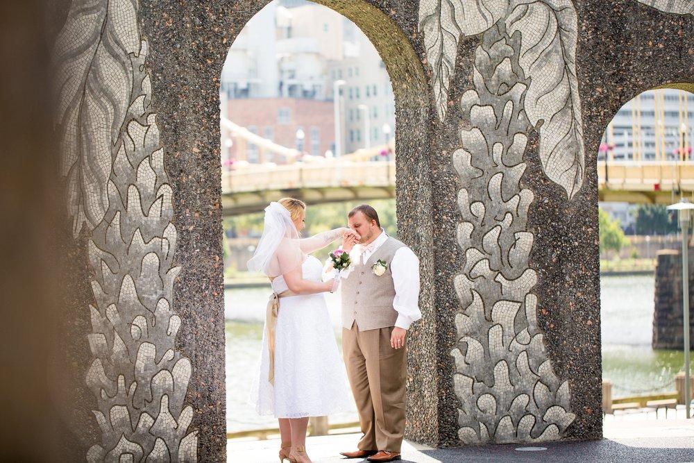 phipps conservatory wedding photos, roberto clemente bridge wedding pictures, yellow bridge pittsburgh wedding photos, pittsburgh elopement photographer, pittsburgh wedding photographer