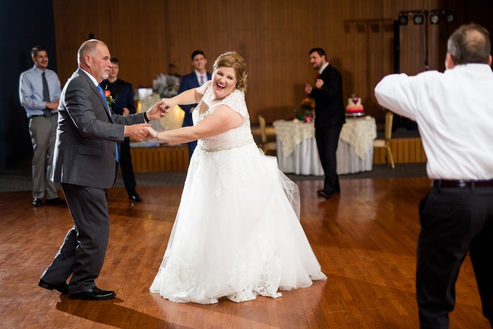 westminster college wedding photos, palermo center wedding pictures, wallace memorial chapel wedding photos, new wilmington wedding photographer