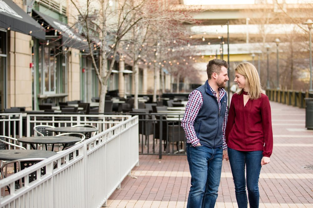 north shore engagement photos, pittsburgh wedding photographer, downtown pittsburgh engagement pictures