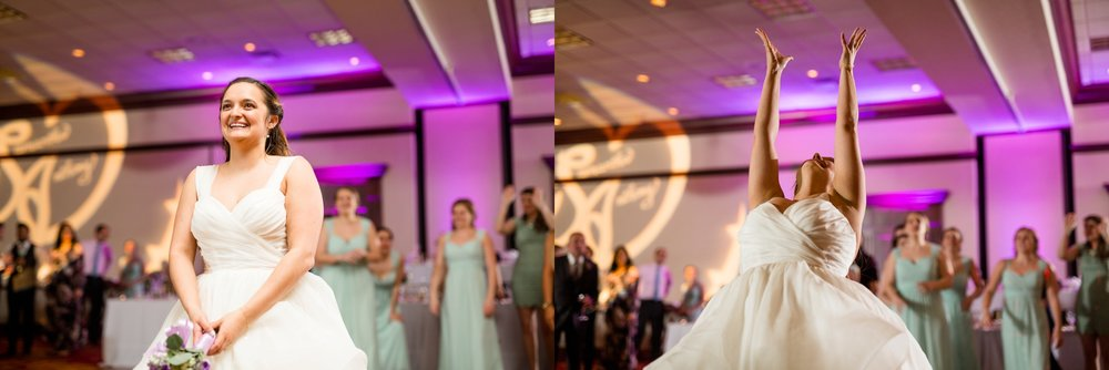 pittsburgh marriott north wedding pictures, cranberry township wedding venues, pittsburgh wedding photographer, monroeville wedding photographer, cranberry township wedding pictures