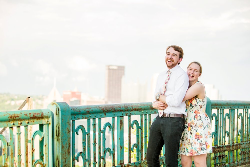 pittsburgh proposal photographer, mount washington proposal, duquesene incline, mt washington proposal, places to propose in pittsburgh, pittsburgh engagement photographer