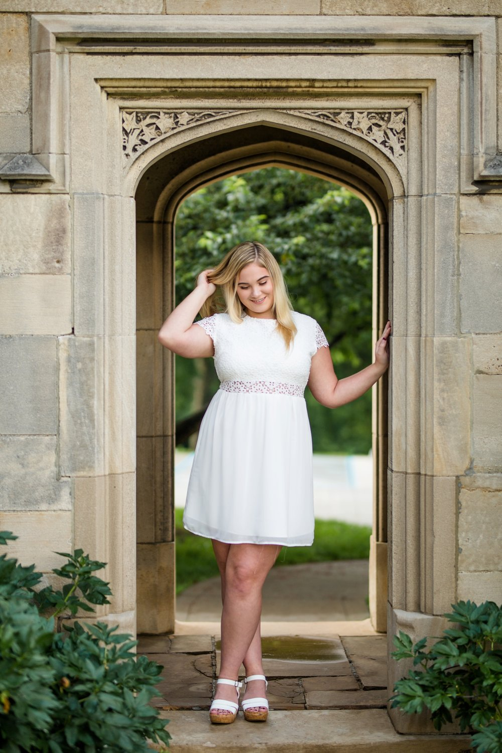 hartwood acres senior photos, best places for senior photos in pittsburgh, best locations for senior photos in pittsburgh, hartwood acres senior pictures, pittsburgh senior photographer, rain photos