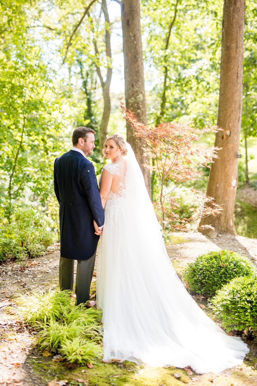 pittsburgh botanic garden wedding photos, pittsburgh wedding venues, best locations for photoshoot in pittsburgh, the best pittsburgh wedding photographers, pittsburgh botanic garden