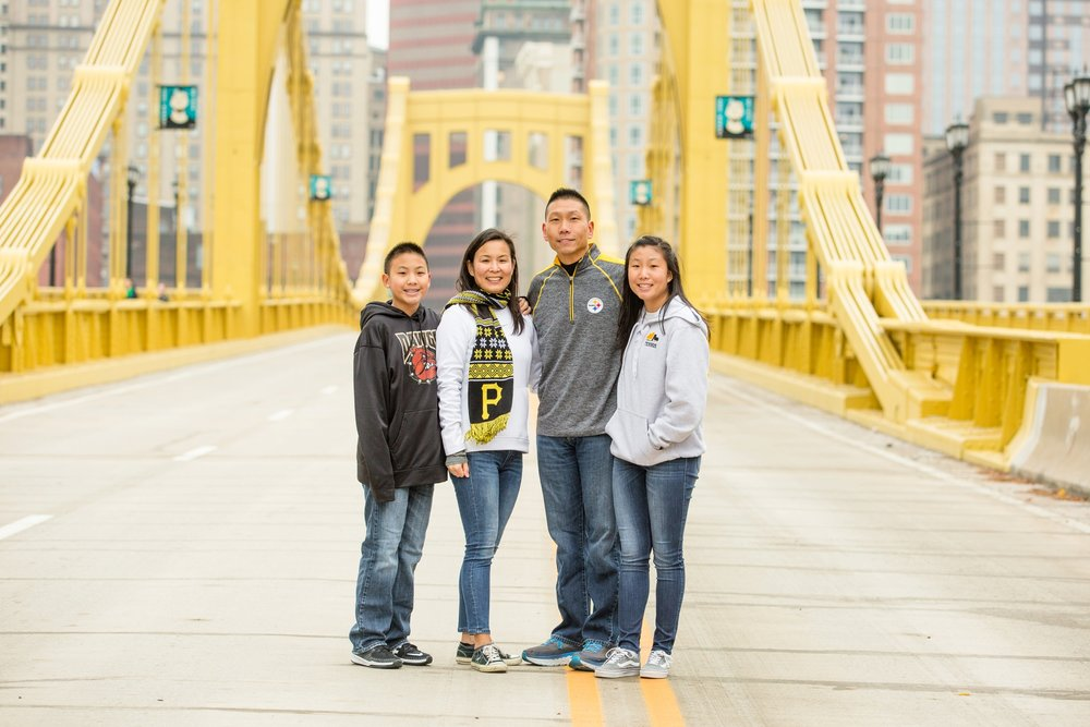 best places to take pictures in pittsburgh, cool places to take pictures in pittsburgh, north shore pittsburgh, pittsburgh family photographer, north shore pictures