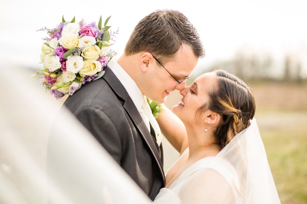 the best pittsburgh wedding photographer, cranberry township wedding photographer, pittsburgh wedding photos, marriott pittsburgh north wedding photos