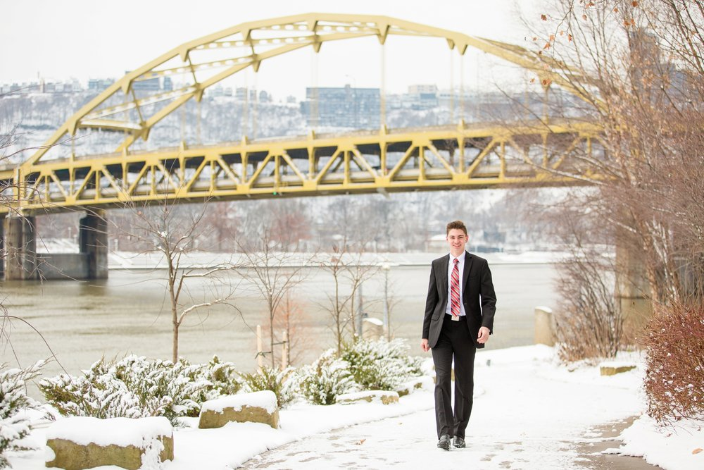 Pittsburgh-Wedding-Photographer-Hartwood-Acres-Engagement-Photos_0411.jpg