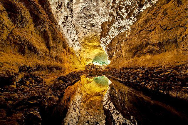 640px-Lanzarote_5_Luc_Viatour.jpg