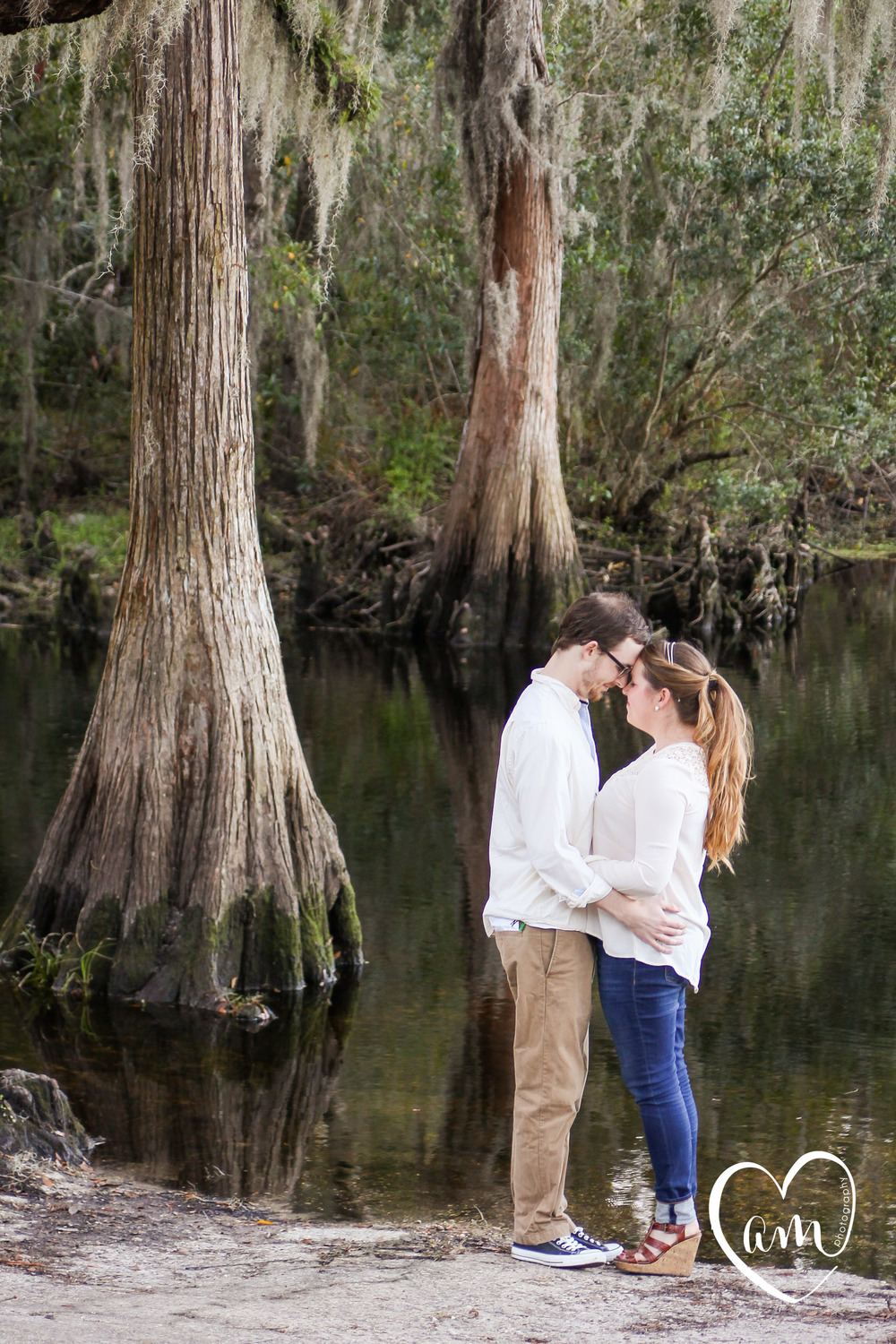 sweet engagement photos taken outside in kissimmee