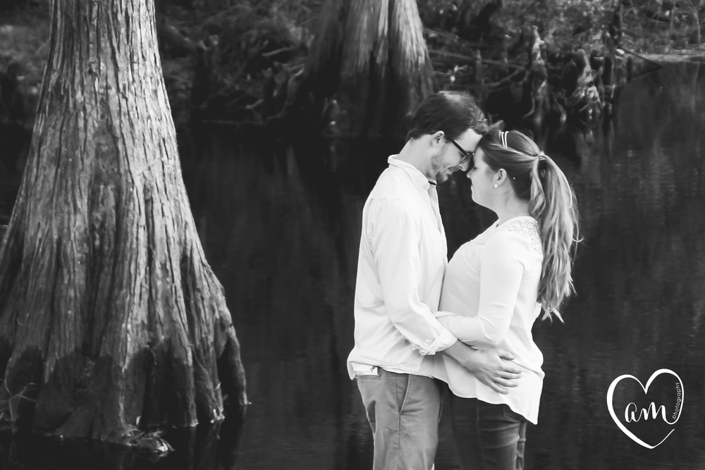 Sweet and natural pre-wedding photography at Shingle Creek
