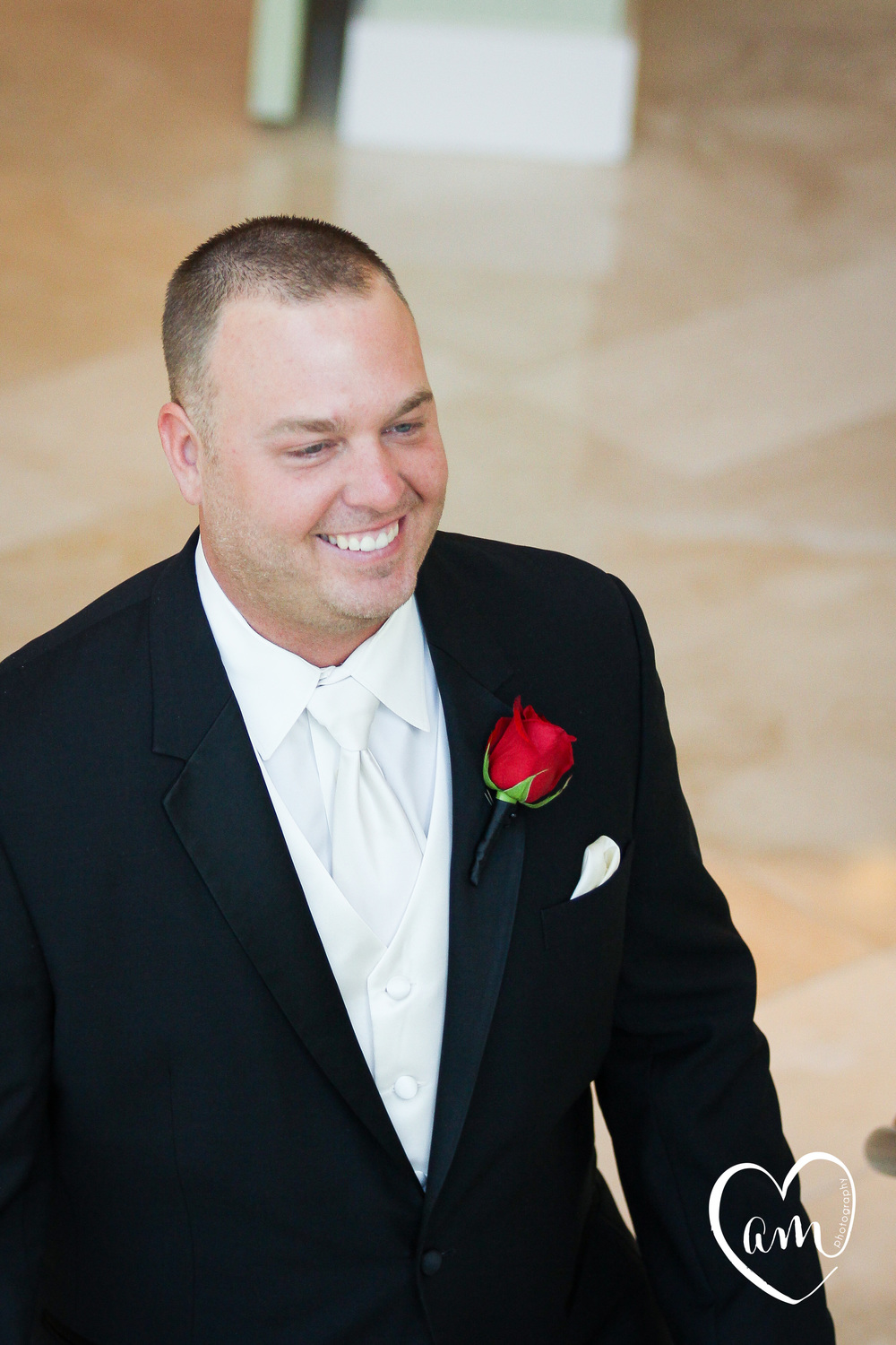 Groom tears up as he sees bride for first time during first look before the ceremony