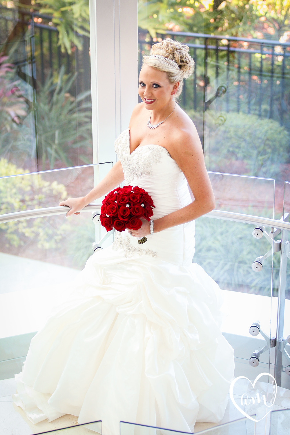 Beautiful bride just before romantic ceremony in florida