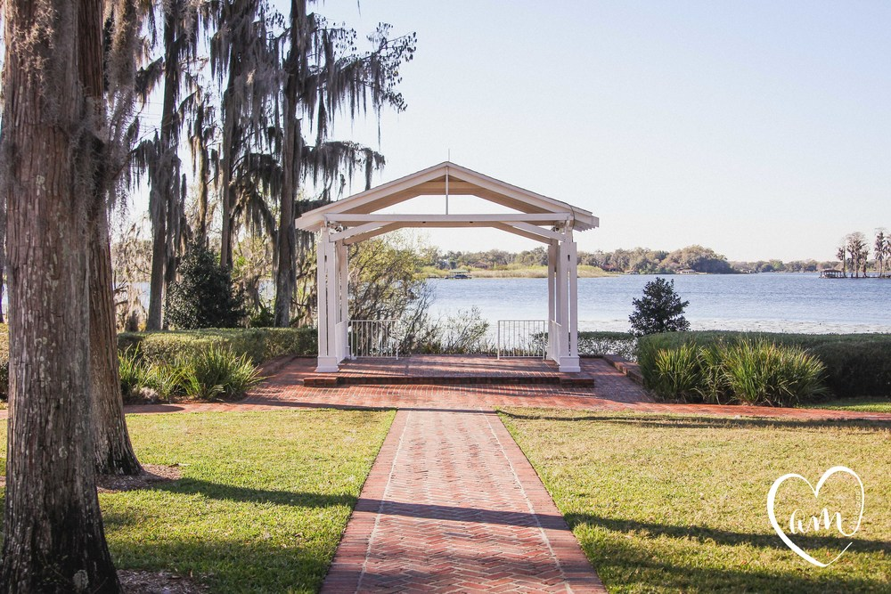 Lake-side gazebo ceremony location in Central Florida