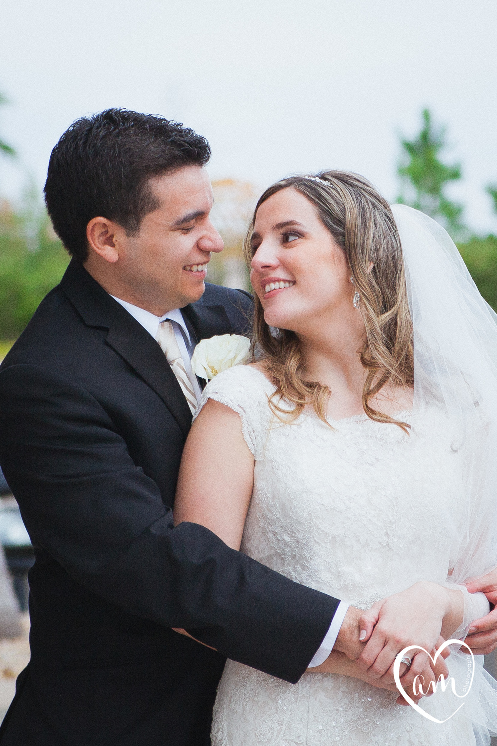 Wedding Portraits. Photo by Amanda Mejias Photography: Destination Wedding Photographer.