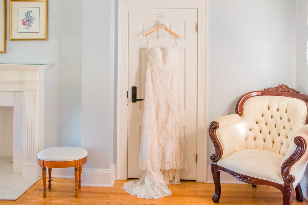 Cypress Grove Estate House Bridal Suite