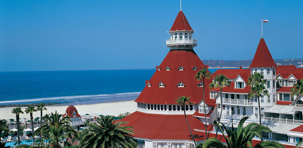 hotel-del-coronado-property-beach-turret-main-shot-06-1640x800.jpg