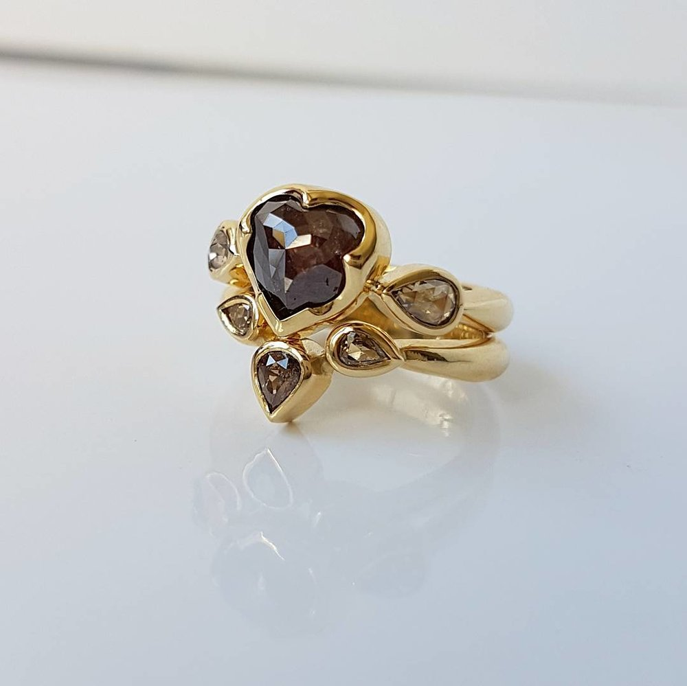 18ct Chocolate Diamond Rings