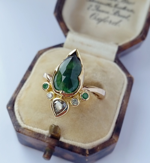 Emerald+and+Diamond+Ring.jpg