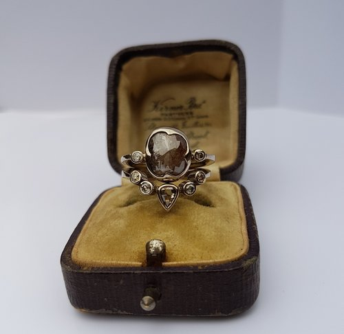grey+rose+cut+diamond+bridal+set.jpg
