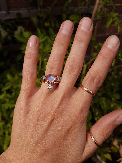Moonstone+and+diamond+bridal+set.jpg