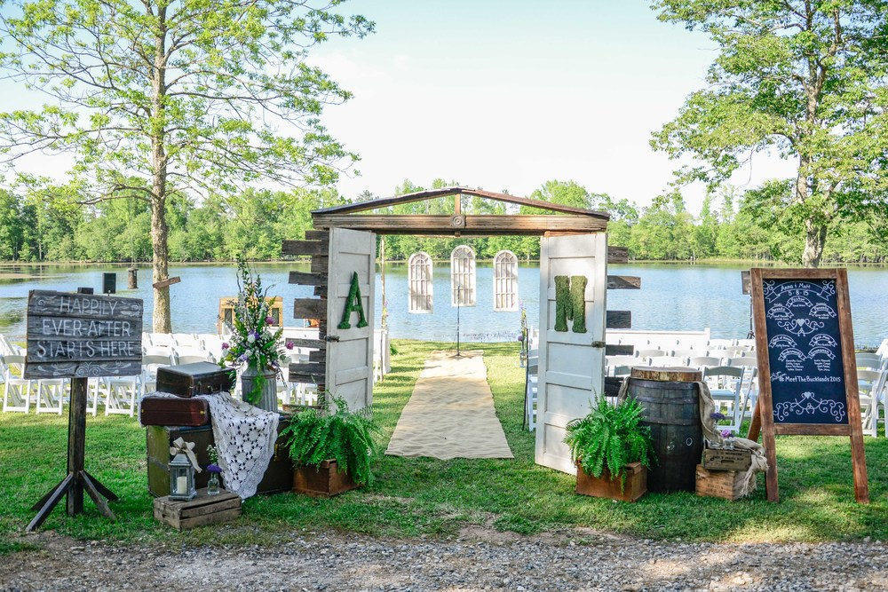 This Vintage set up designed by the incredible Greg Hall and Company of Hartwell GA completely showcased the feel of this wedding day.