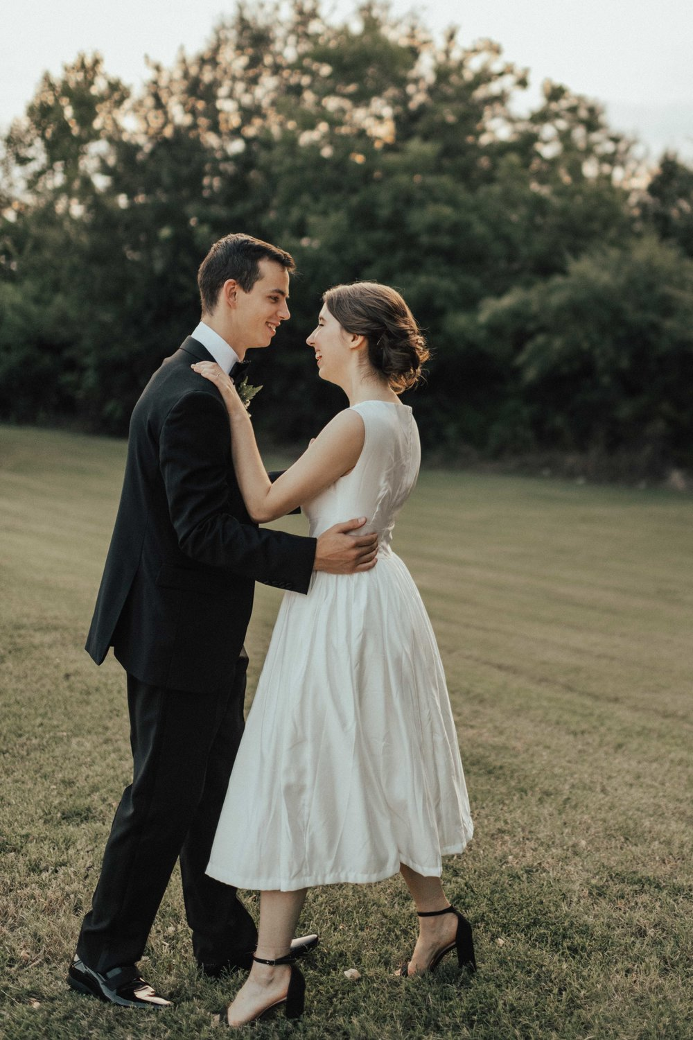 An absolute favorite moment of the day!  Autumn and Justin opted to have their first dance all by themselves outside and sunset… Justin simply pulled out his phone, put on their song, and they started dancing around in the grass.   I swear there were so many moments from this day that made me tear up.