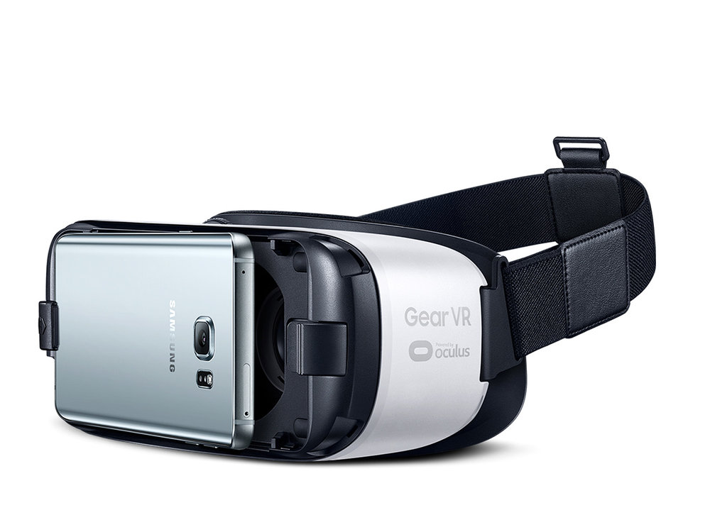 Samsung Gear VR - Toimii Samsungin puhelimien kanssa.