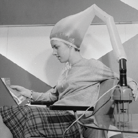 The bonnet hair dryer became popular in the 1950s.