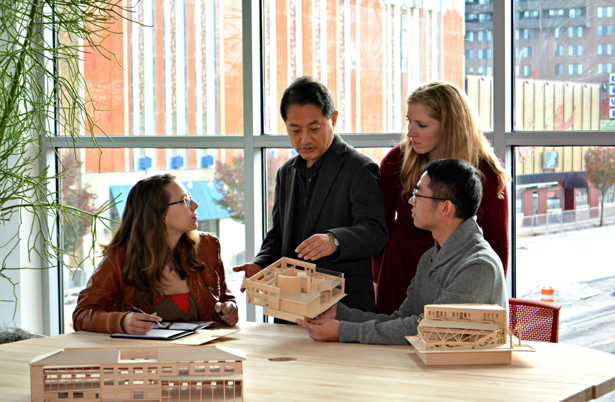 LTU Professor Joongsub Kim speaks with architecture students