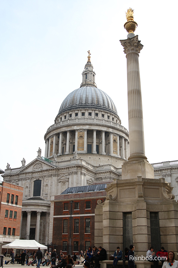 The Magnificent St. Paul's Cathedral. One of the most beautiful places on earth. No photography is allowed inside.