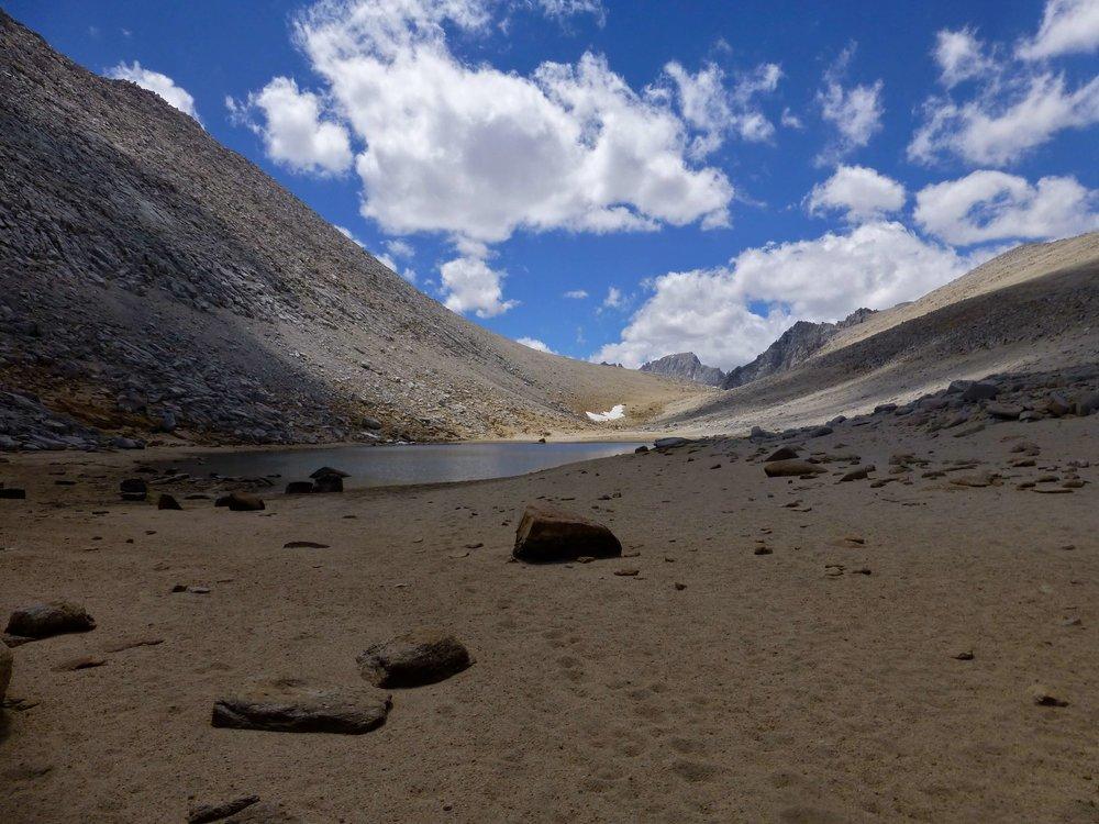 Summit Lake at the top of Mono Pass.