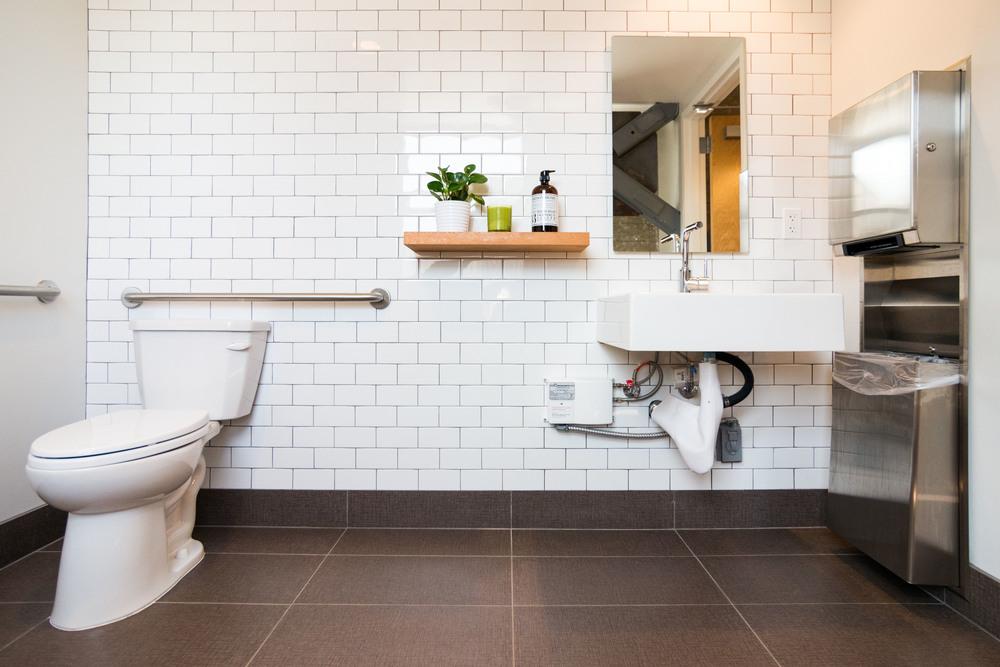 CDG_restroom.jpg