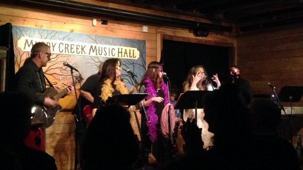 Live music picture featuring Andrea Templon, guest artist, with The Muddy Creek Players at Muddy Creek Music Hall, Bethania, North Carolina.