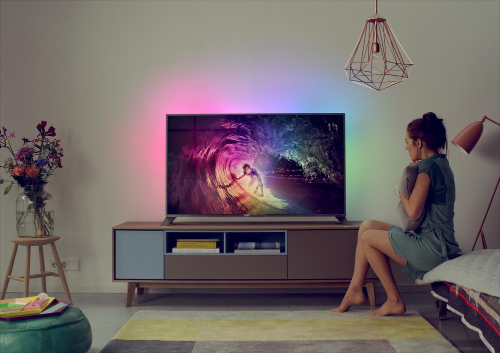 tv LADY.jpg