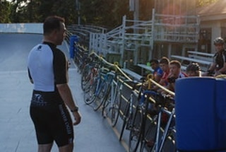 Monday beginner clinics with Kevin Perez start tonight at 630! An ideal clinic for cat 5 riders looking to upgrade as well as new and experienced riders looking for a structured workout! This event will run every Monday from 4/22 to 8/26 excluding holidays!  Clinics cost $10 ($5 for Northbrook residents) Loaner bikes are available on a first come basis.