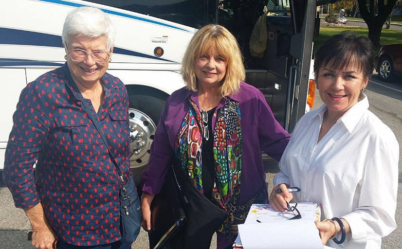 Bus Trip-Perdita-Peggy-Patty_bluish.jpg