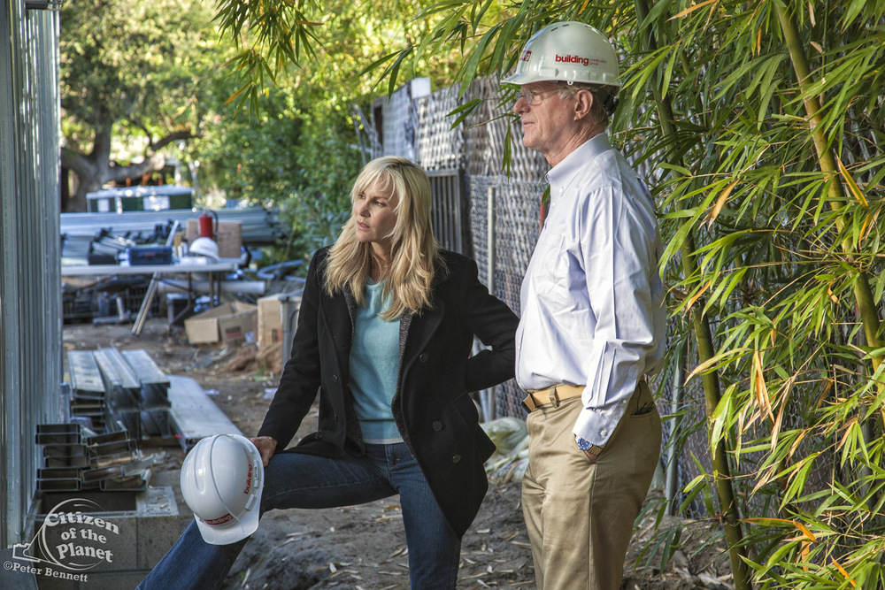 US_CA_48_2803_ed_begley_jr_green_home_construction.jpg