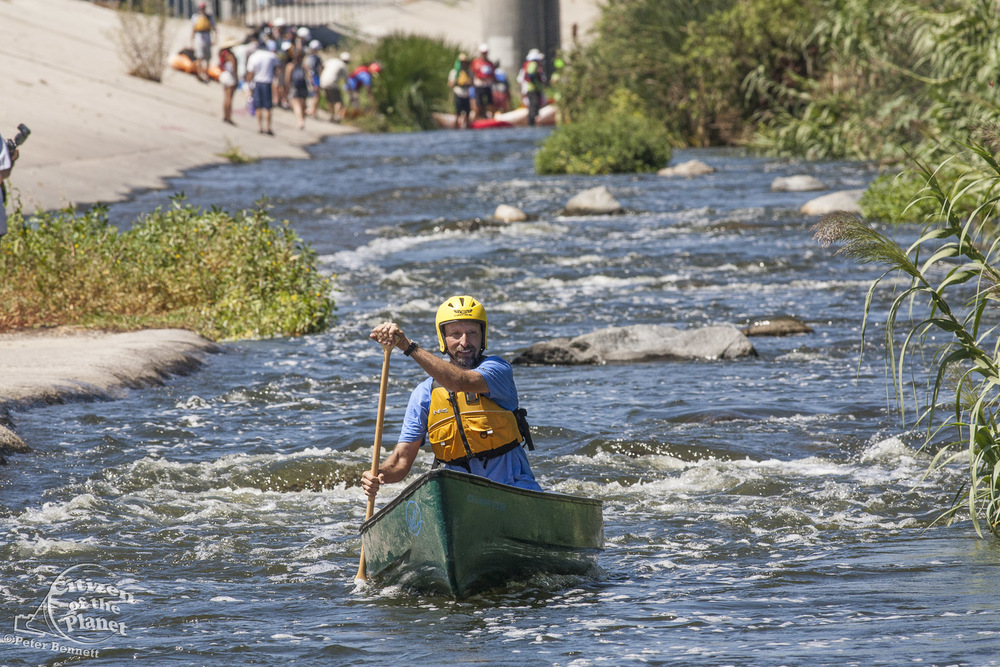 US_CA_48_3867_la_river_boat_race.jpg