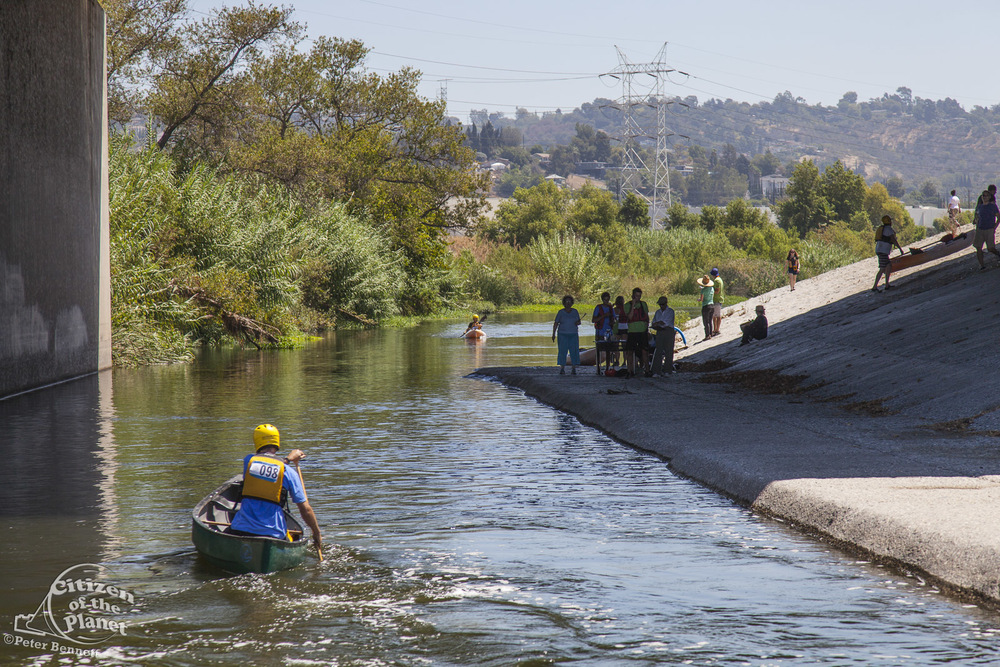 US_CA_48_3868_la_river_boat_race.jpg