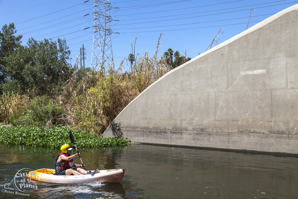 US_CA_48_3885_la_river_boat_race.jpg
