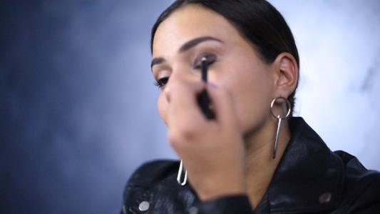 eyeliner base .jpg