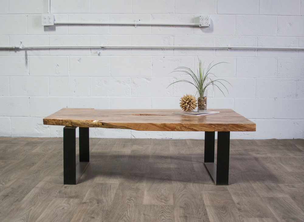 LIVE EDGE TABLE-8.jpg