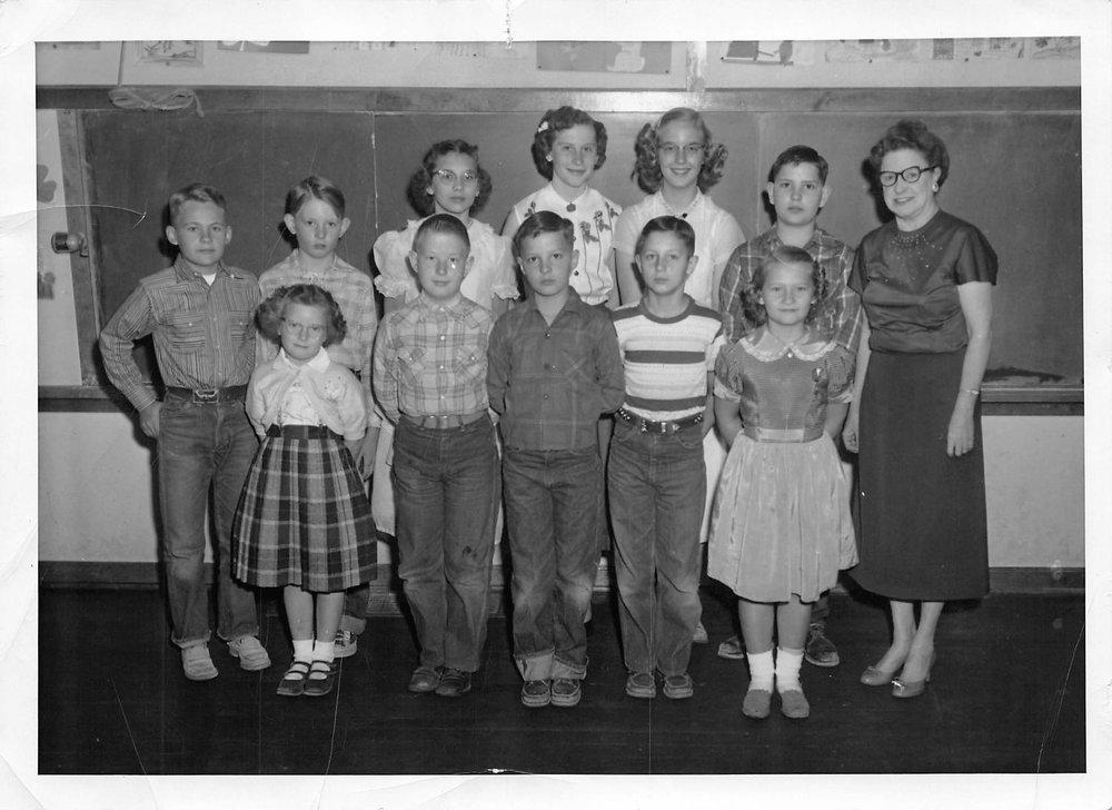 1955 Mrs. Tharp's City View Country School Class.jpg