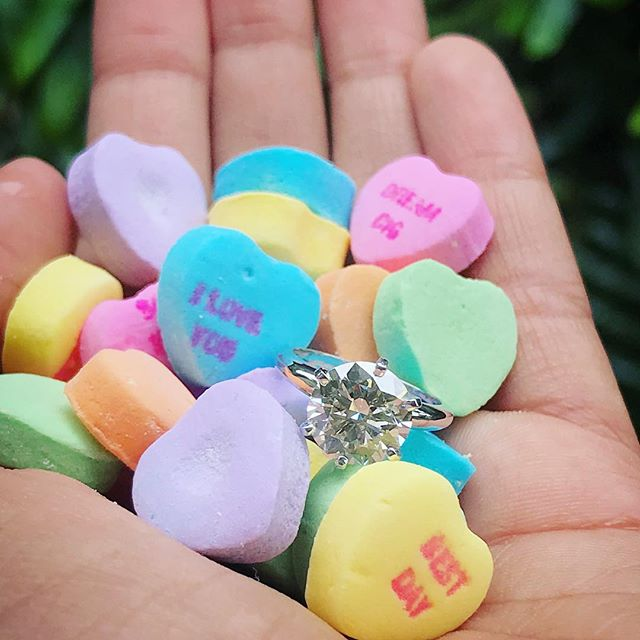 #HappyValentinesDay!💕💖✨ . #love #diamond #diamonds #finejewelry #platinum #hawaiifinejewelry #ring #engagementring #propose #marryme #wedding #hilife #hawaiiengagement #808 #hawaiilife #honolulu #oahu #hawaii #hawaiilove #instahawaii #hawaiigram #eyecandy #lovelife #itsallaboutlove #thelittlediamondstore✨