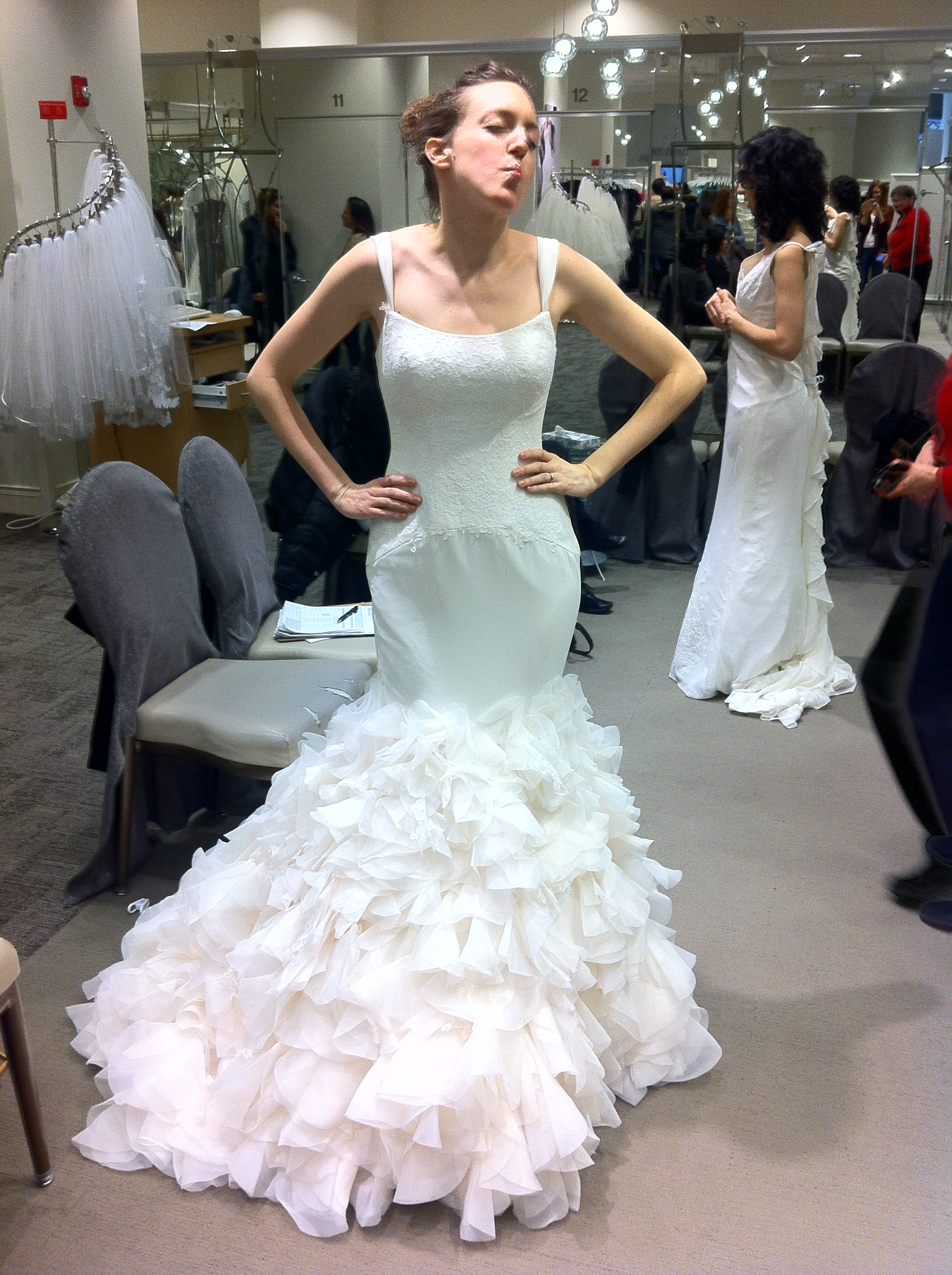Attractive Feather Wedding Gowns Picture Collection - All Wedding ...