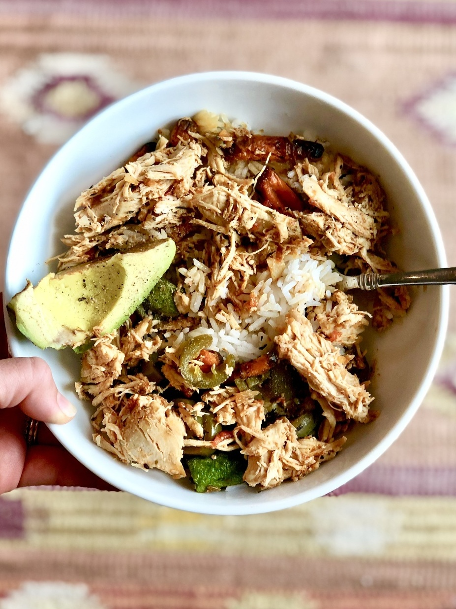 Weekly meal prep idea. Instant Pot Salsa Shredded Chicken. This recipe is so easy, quick and tastes amazing. 5-6oz salsa shredded chicken, 1 cup of jasmine rice, coconut aminos (a delicious soy-free replacement for soy sauce), air fried carrots, zucchini,  jalapeños, and avocado.