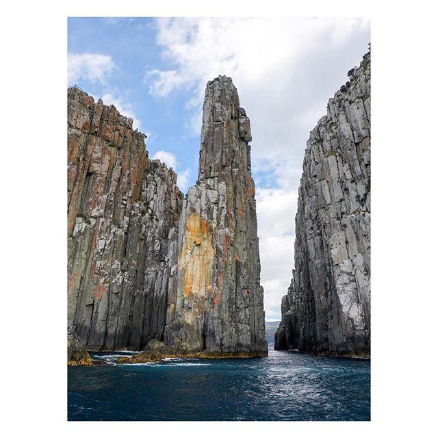 T H E⠀C A N D L E S T I C K ⠀⠀⠀⠀⠀⠀⠀ ⠀⠀⠀⠀⠀⠀⠀⠀⠀⠀⠀⠀ ⠀⠀⠀⠀⠀⠀⠀⠀⠀⠀⠀⠀⠀⠀⠀⠀⠀⠀⠀⠀⠀⠀⠀⠀ ⠀⠀⠀⠀⠀⠀⠀⠀⠀⠀⠀⠀ ⠀⠀⠀⠀⠀⠀⠀⠀⠀⠀⠀⠀ ⠀⠀⠀⠀⠀⠀⠀⠀⠀⠀⠀⠀ ⠀⠀⠀⠀⠀⠀⠀⠀⠀⠀⠀⠀ ⠀⠀⠀⠀⠀⠀⠀⠀⠀⠀⠀⠀ ⠀⠀⠀⠀⠀⠀⠀⠀⠀⠀⠀⠀ #ocean #scenicsunset  #australia #seeaustralia #australiagram #ig_australia #exploreaustralia #discoveraustralia #aussie #aussiephotos #igersaustralia #tasmania #sonyalpha #sonyimages #zeiss #sonyphotography #sonya7 #sonyalphasclub #mirrorless #mirrorlesscamera #sonya7riiI #A7R3 #candlestick #ocean #cliffs #seacliffs #seascape #capehuay #pennicottjourneys @pennicottjourneys @beautyoftasmania @australia @tasmaniagram @tasmanianwilderness @tasmania